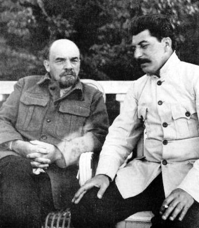 Stalin (right)-confers-with-an ailing-lenin-at gorky-in september